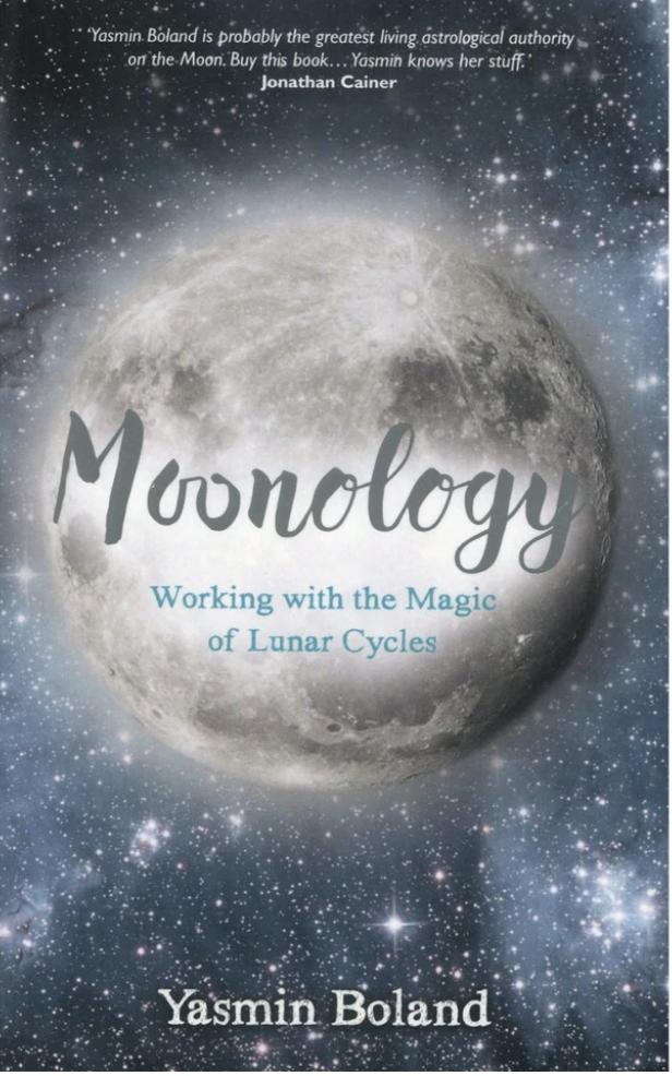 Moonology - Yasmin Boland kirja