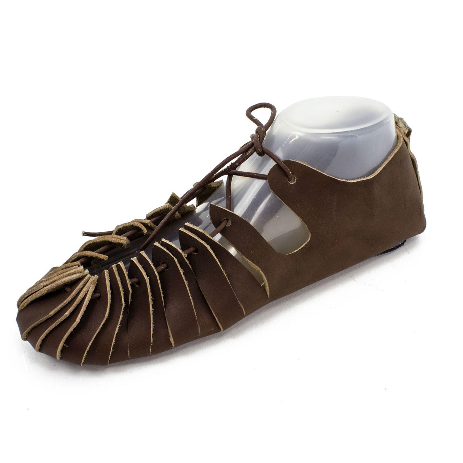 Drawstring kenkä Germaanisen mallin mukaisesti