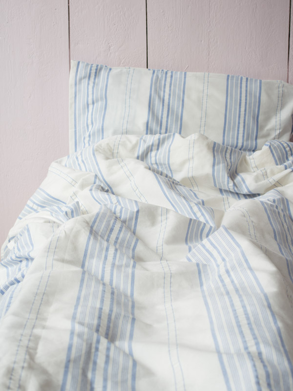 Sengetøj blå stribe