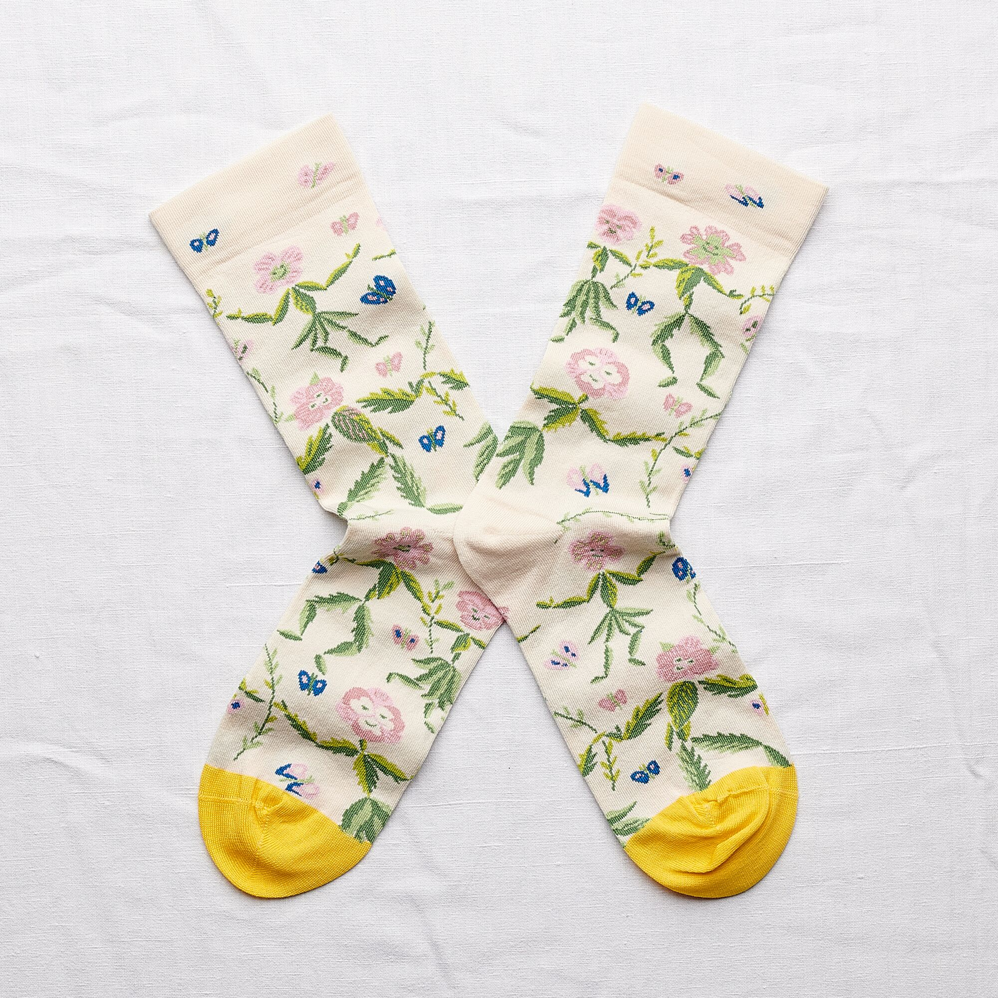 Bonne Maison Socks Dancing Flowers
