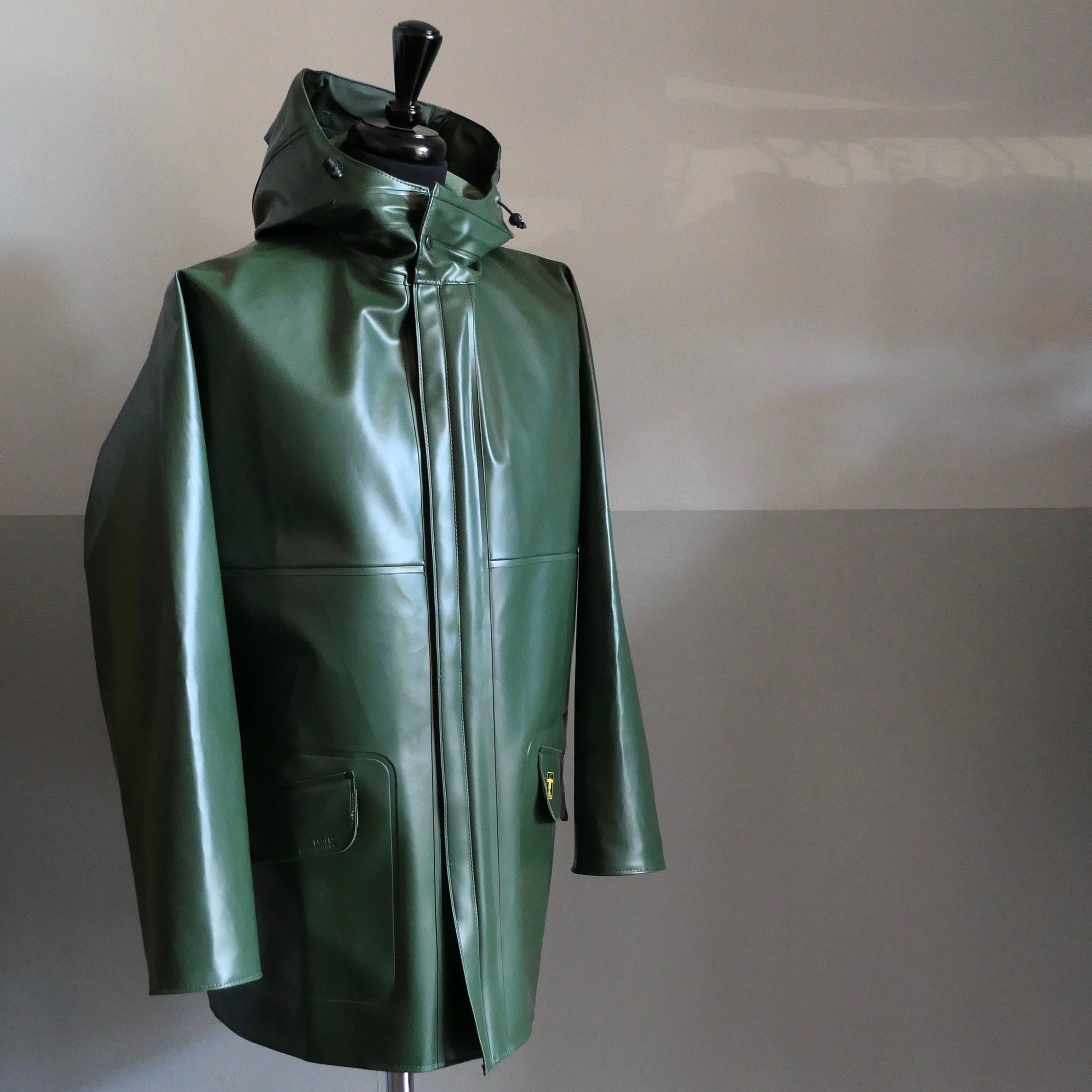 "Heavy-duty raincoat ""Rosbras"" Green"