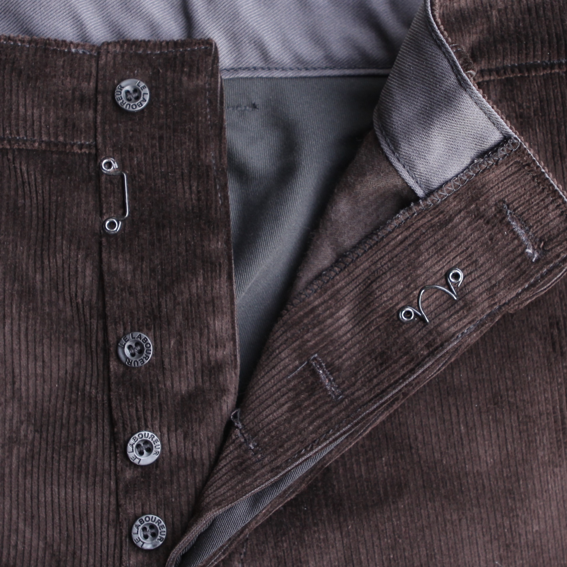Corduroy Craftsman pants brown