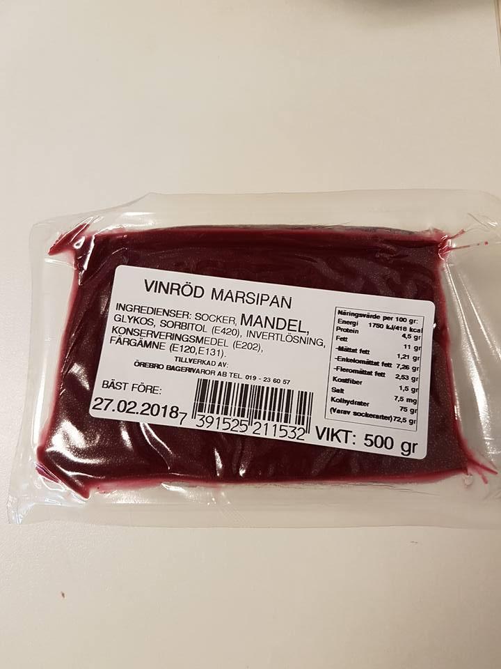 Vinröd marsipan