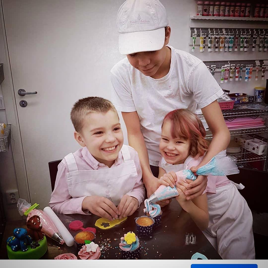 2021-10-16 cupcakeskurs