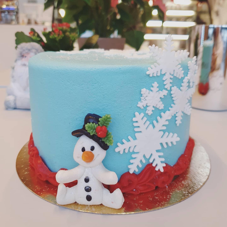 2021-11-27 baskurs tårta