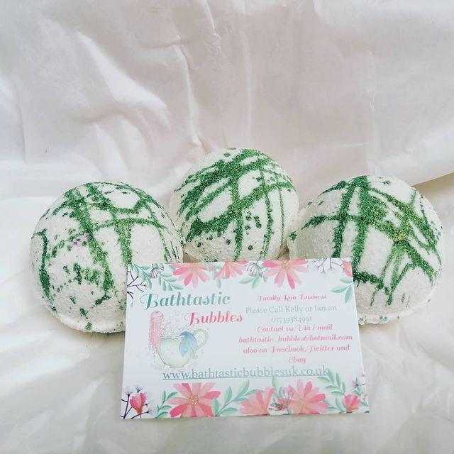 Lily Flower Bath Bomb