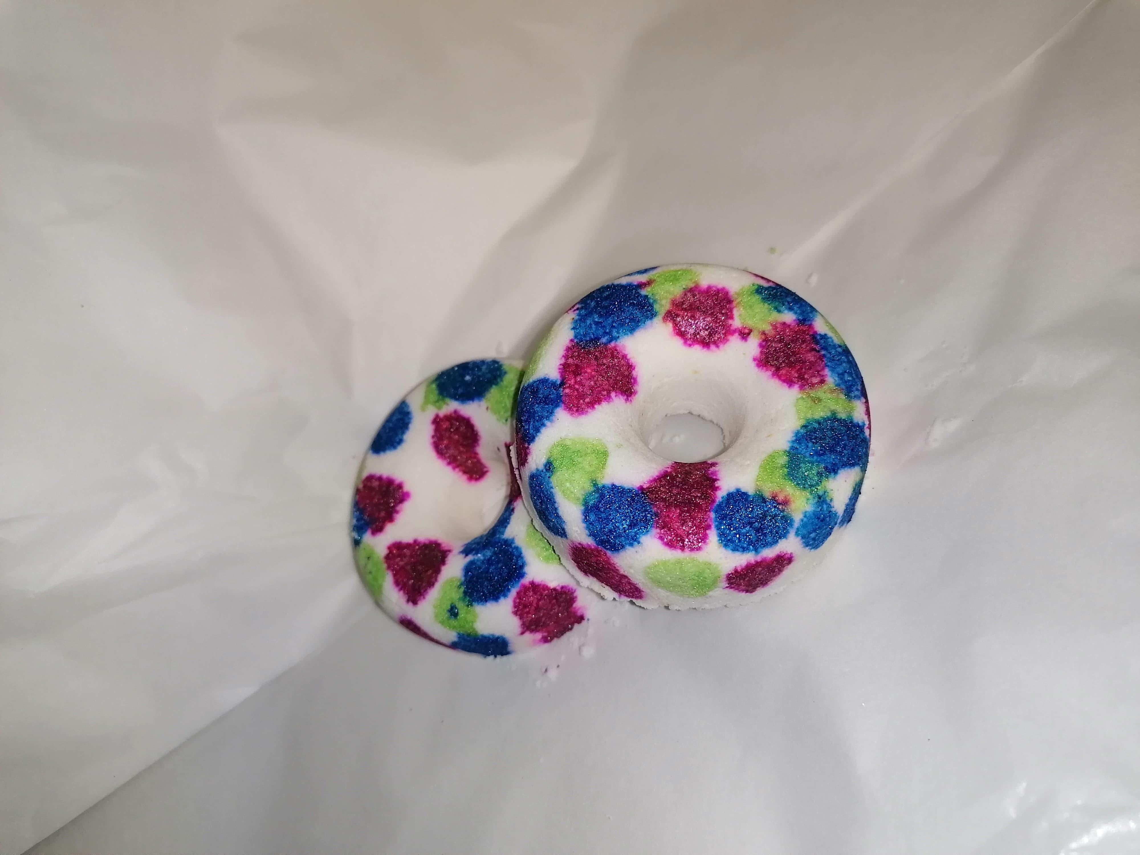 Bubblegum Doughnut Bath Bomb