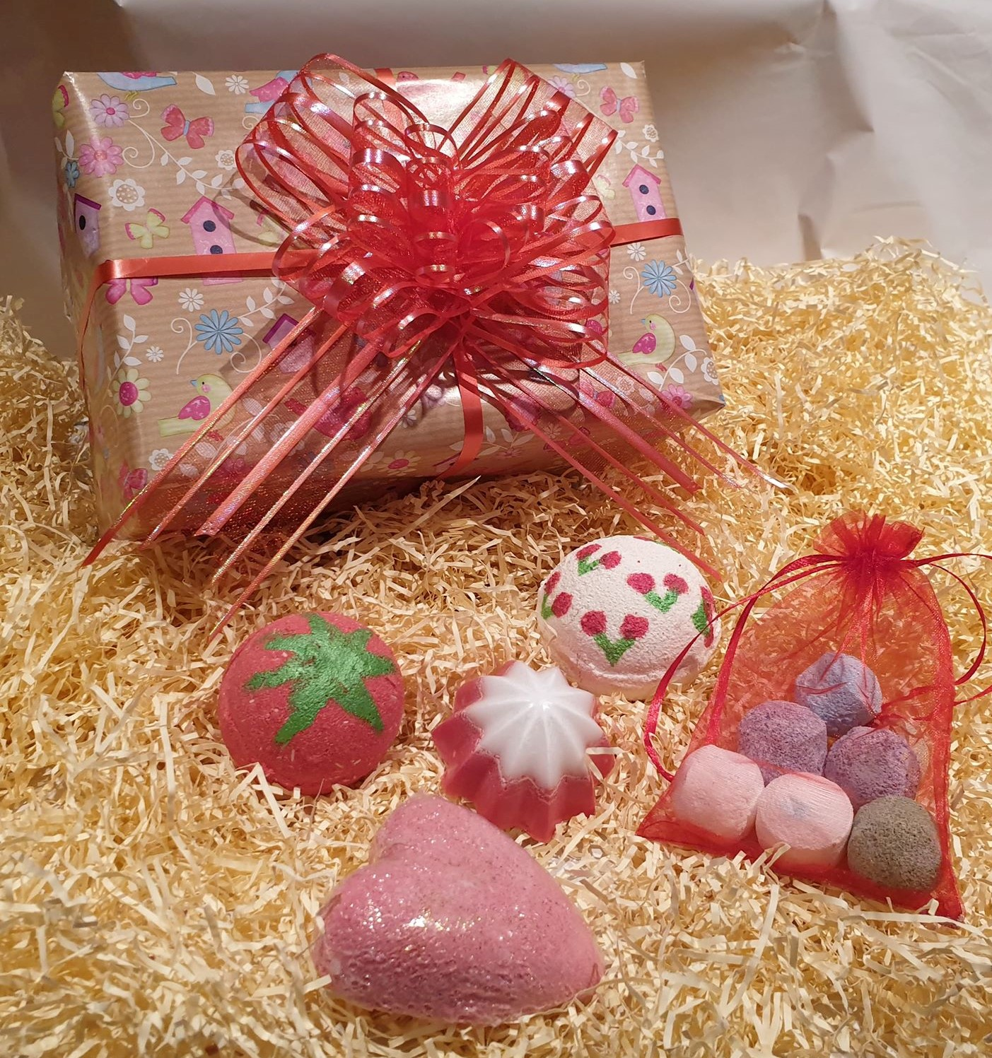 Handmade Bath Bomb and Soap Gift Wrapped Box set