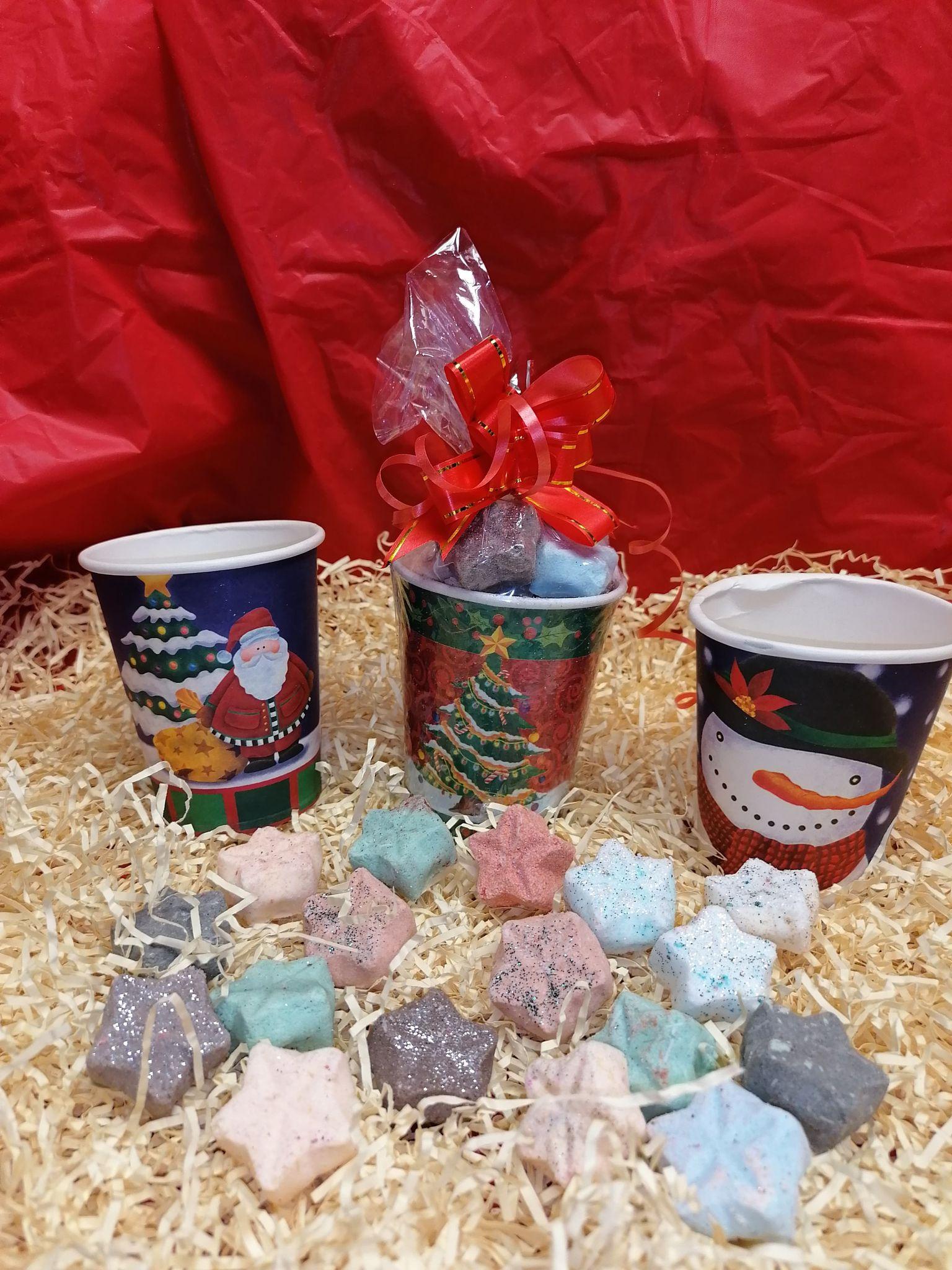 Christmas Cups Mini Festive Star Bath Bombs