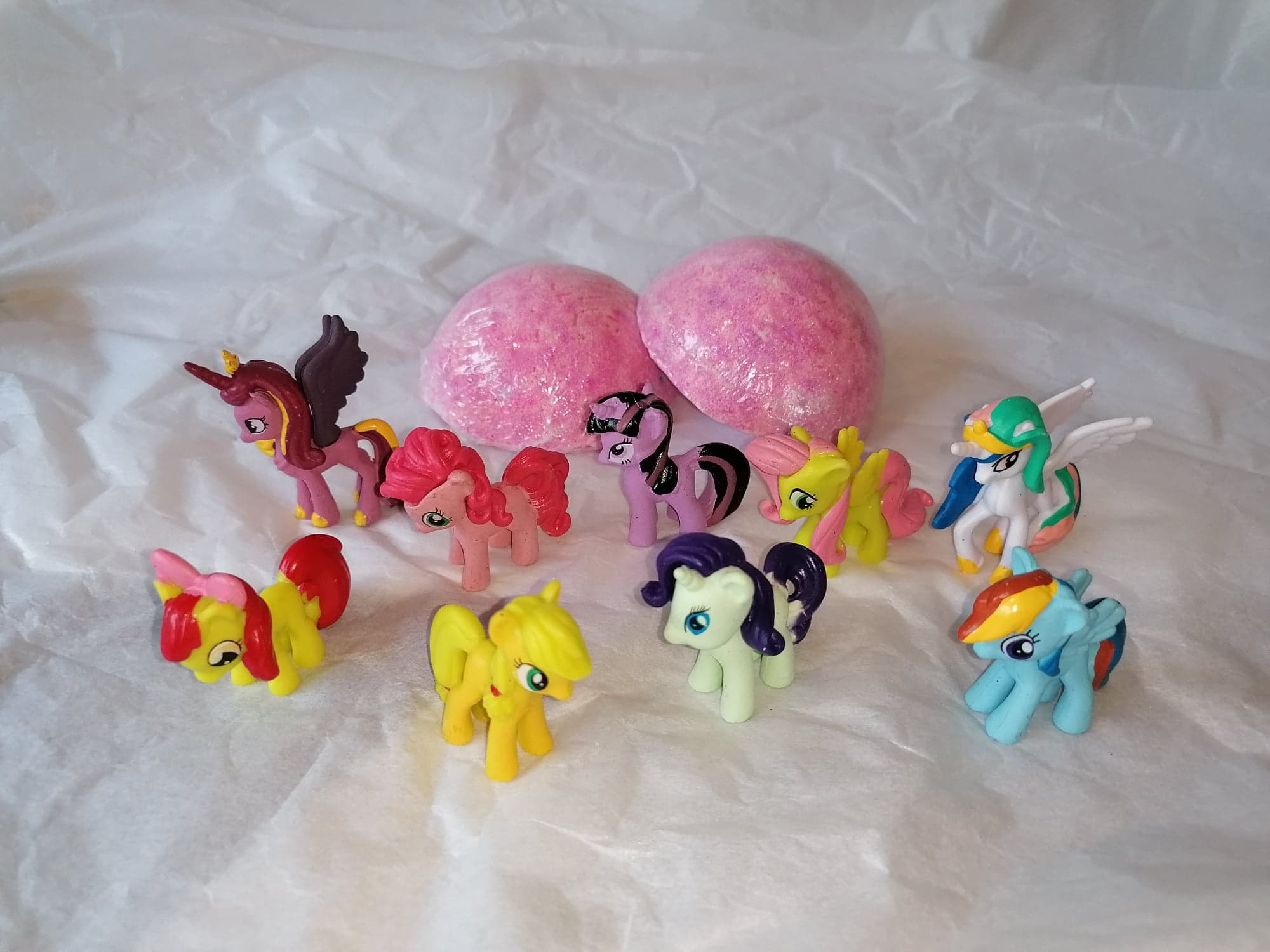 Pokemon/My Little Pony or Animals Inspired Kids Bath Bomb toys