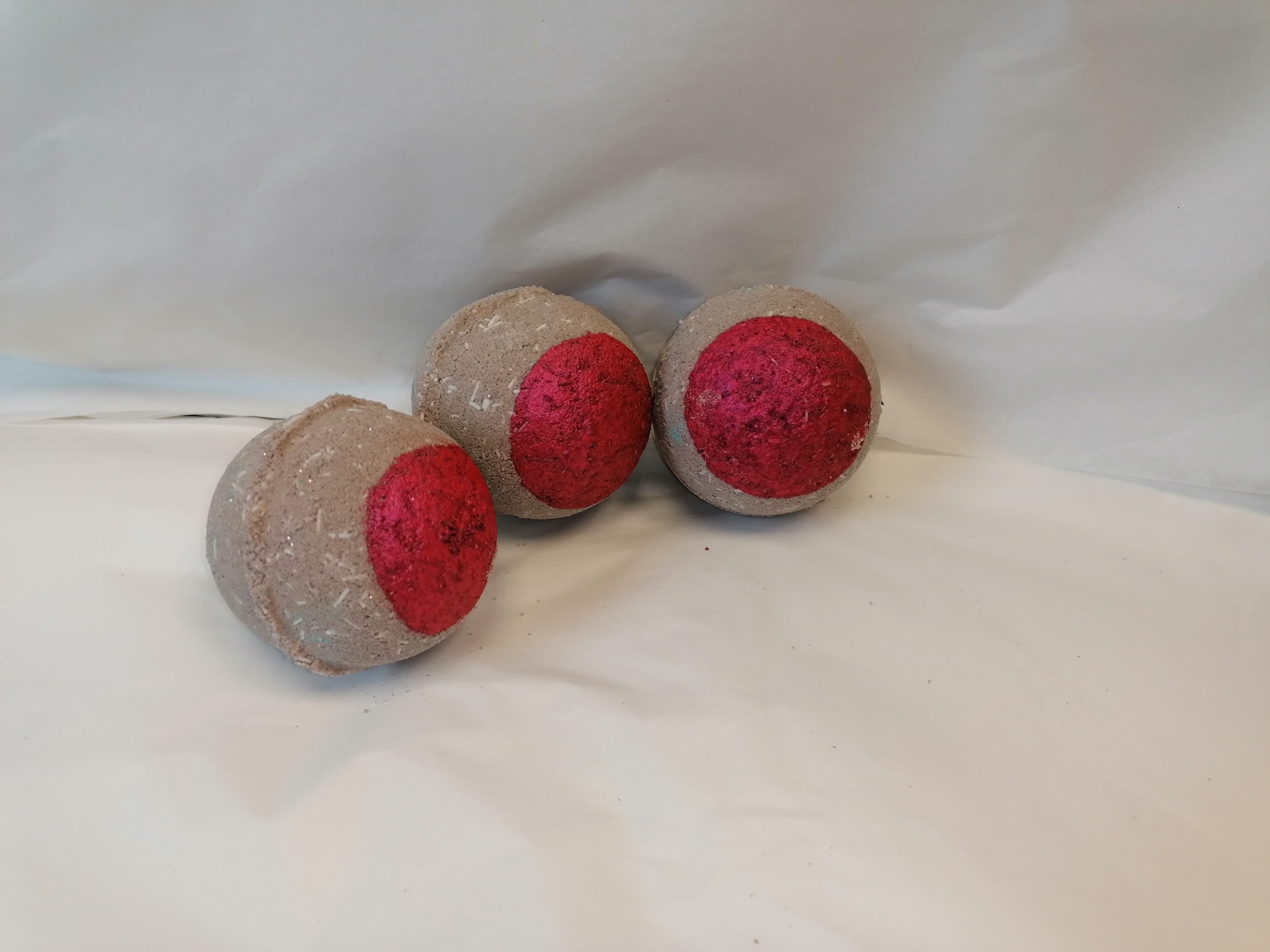 Chocolate and Black Cherry Bath Bomb