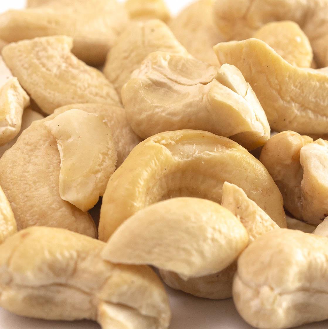 Cashew (large pieces)