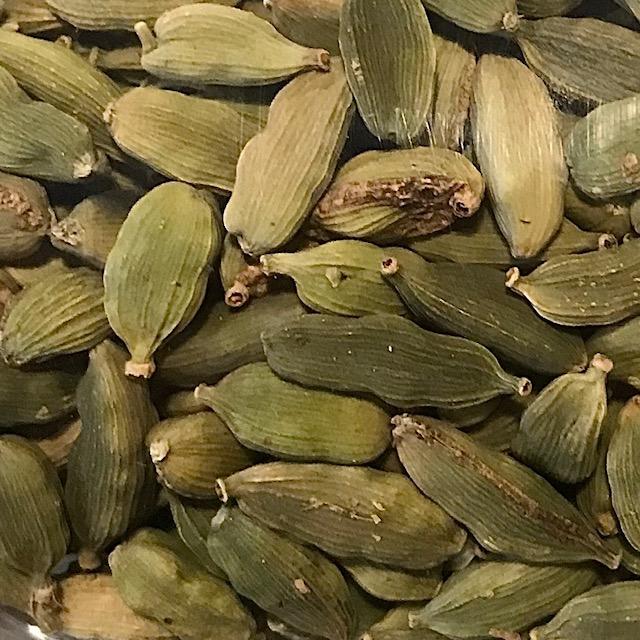 Cardamom Pods (Green)