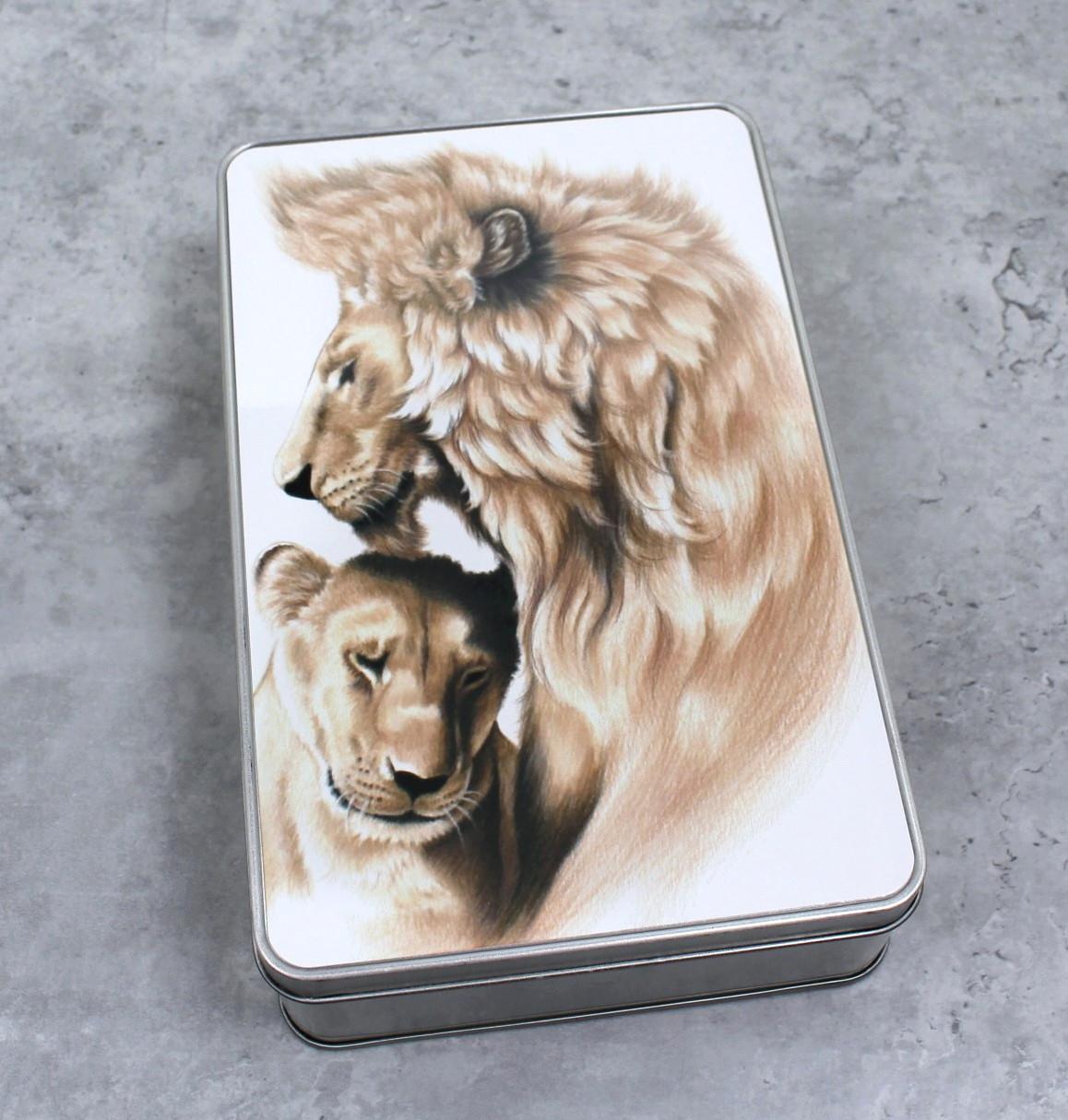Leijonapari -Peltirasia