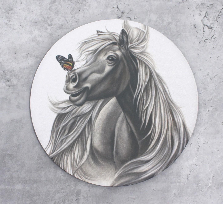 Hevonen ja perhonen -Hiirimatto