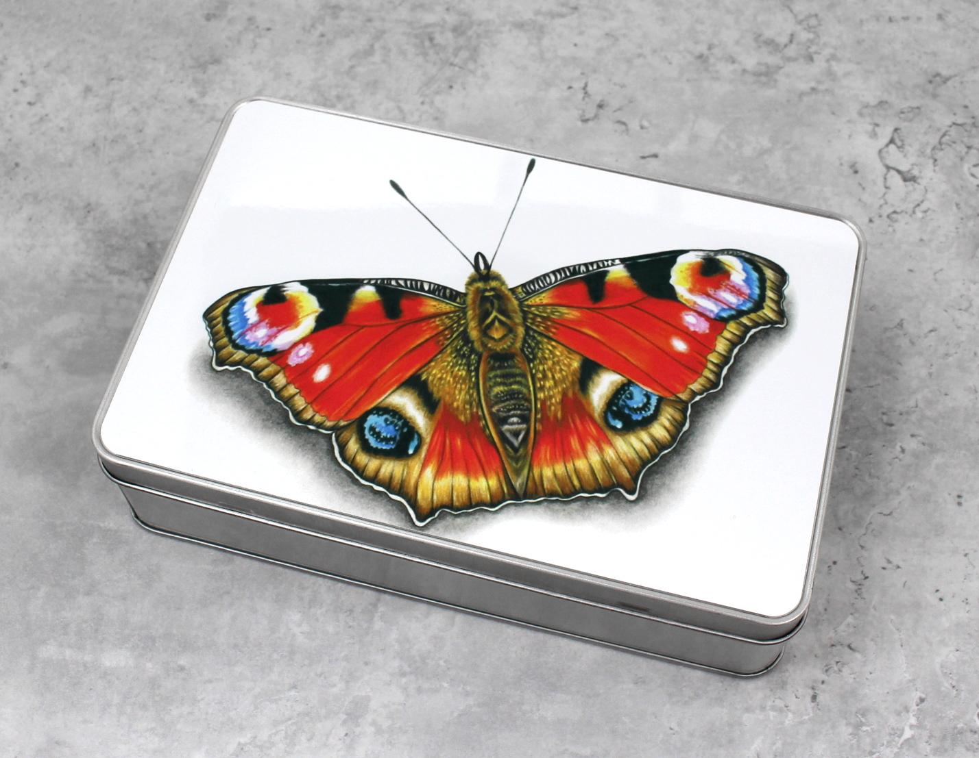 Perhonen Punainen -Peltirasia