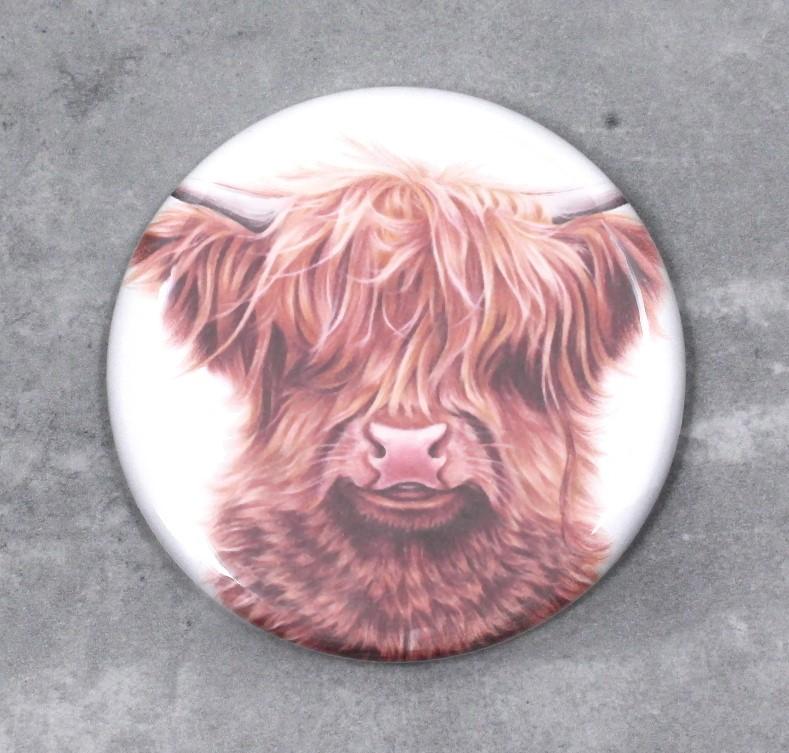 Lehmä Ylämaankarja -Nappi