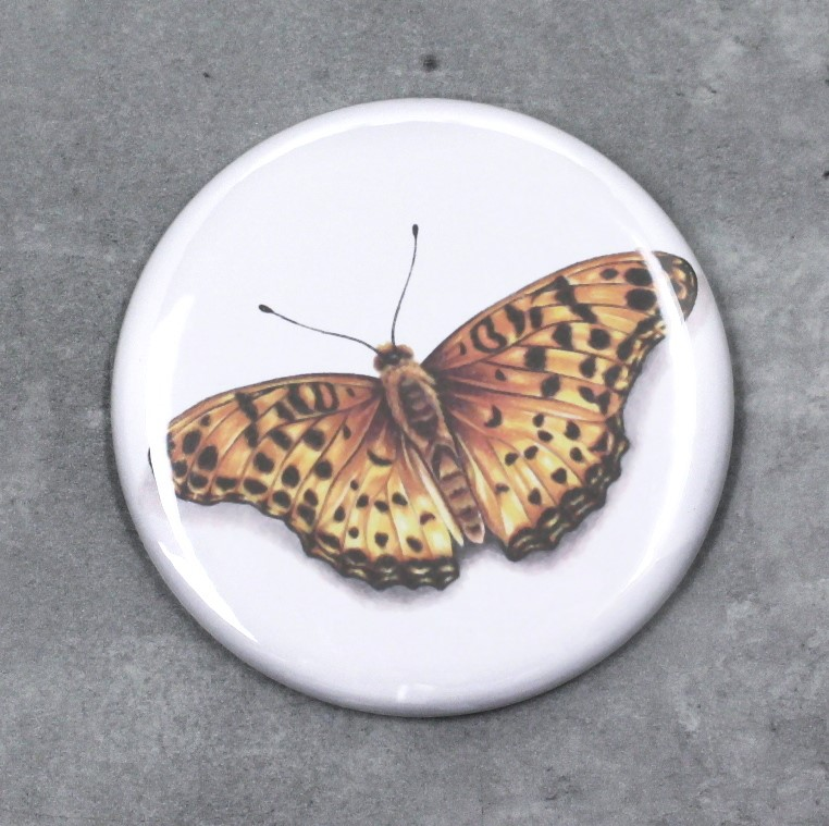 Perhonen Keltainen -Nappi