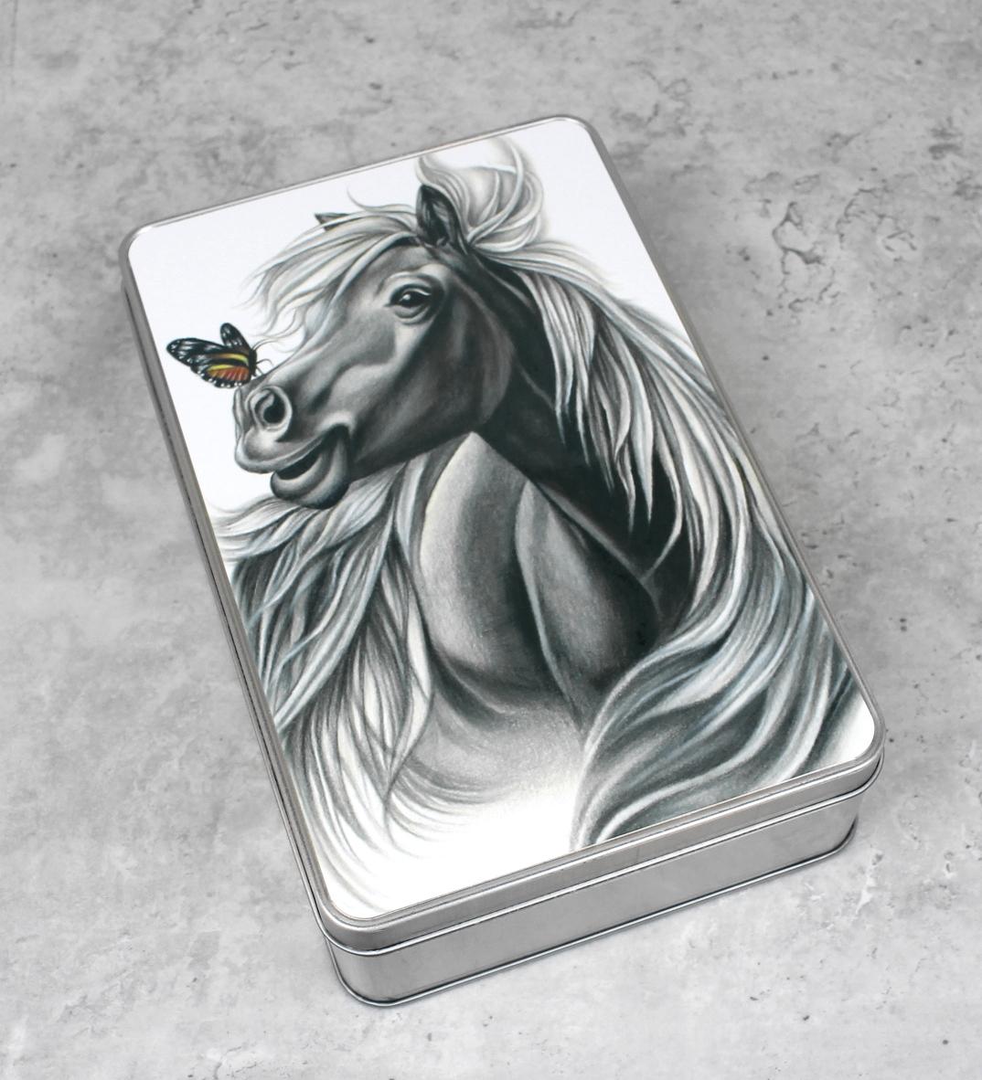 Hevonen ja perhonen -Peltirasia
