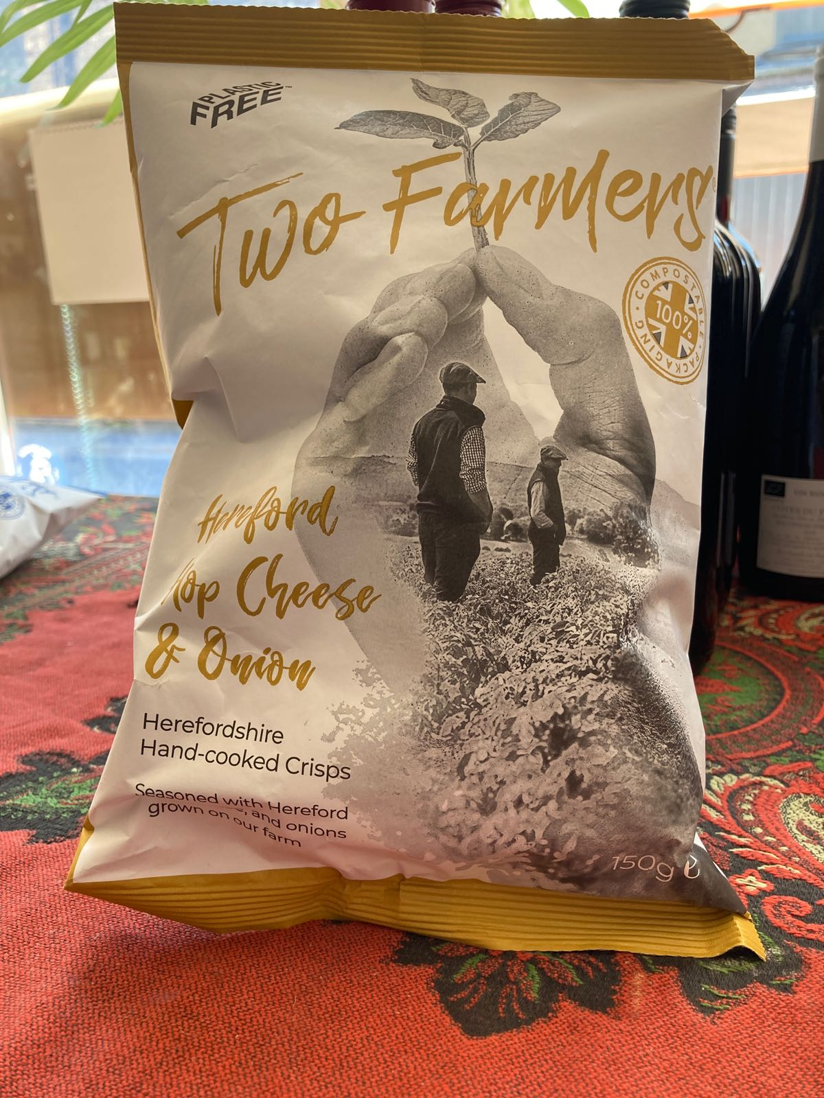 Two Farmers Crisps - Hereford Hop Cheese and Onion Crisps