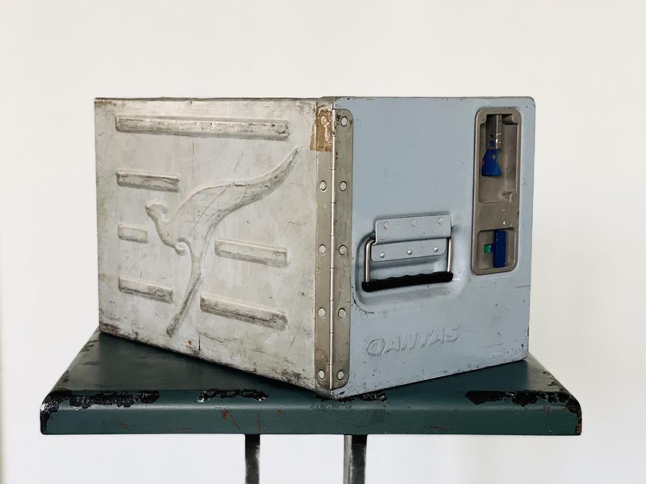 Original Qantas Flightcase / Container