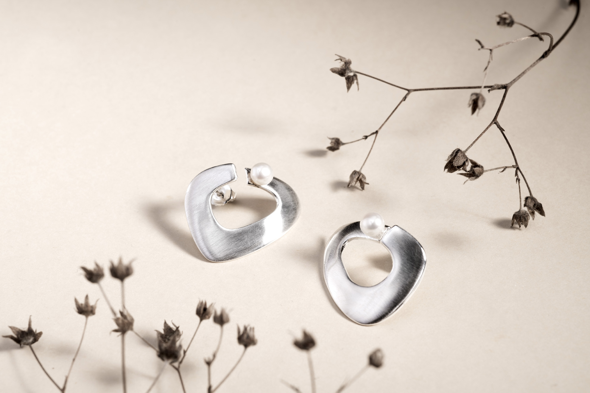 Earrings with pearls, KGD for Hillestad - 8S