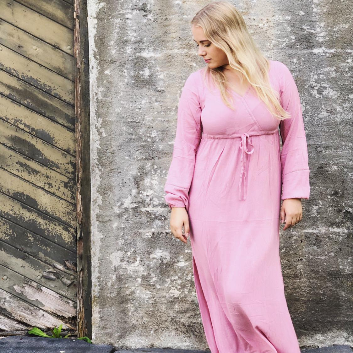Mala Rhodonitt med rosa dusk
