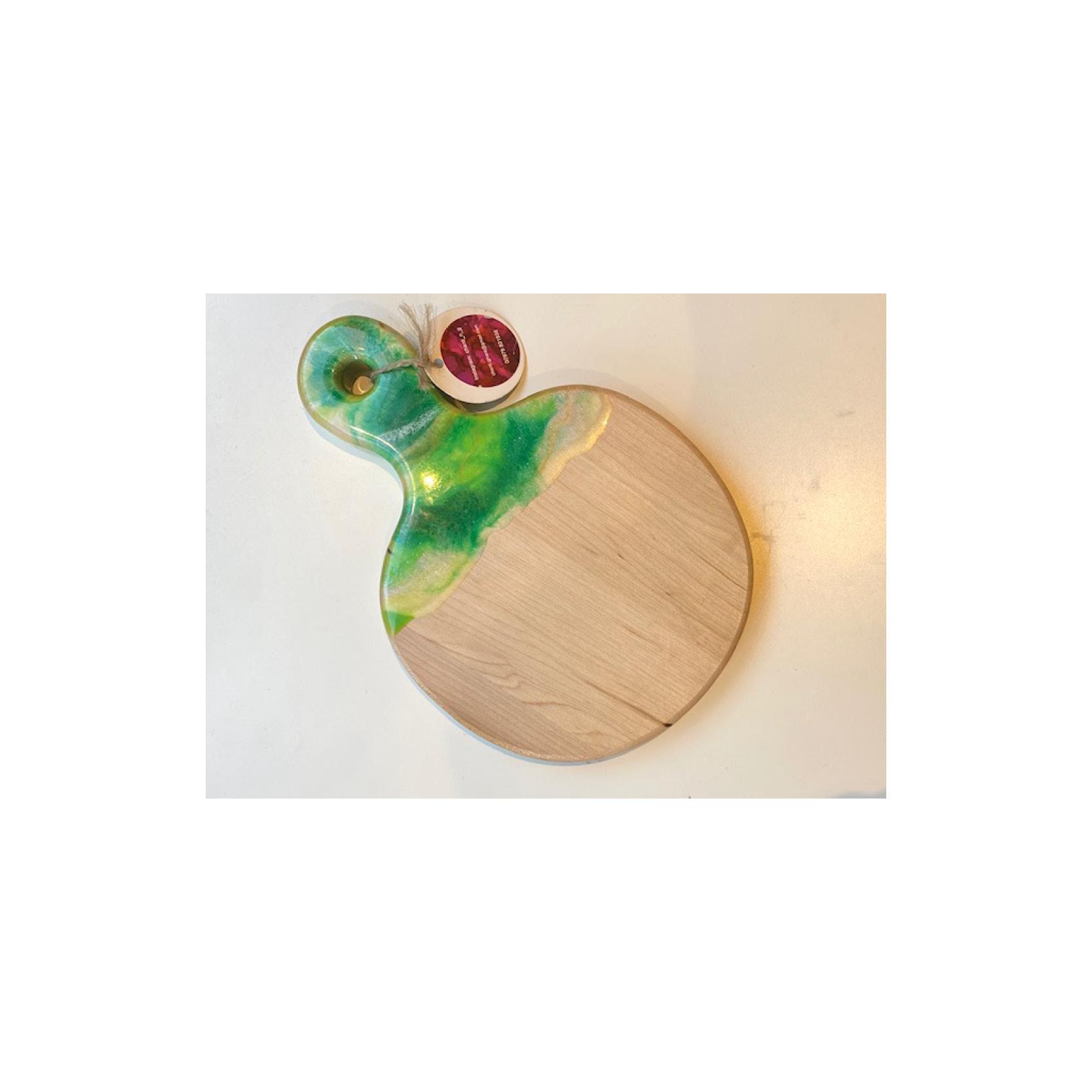 Chantal - Small round resin board