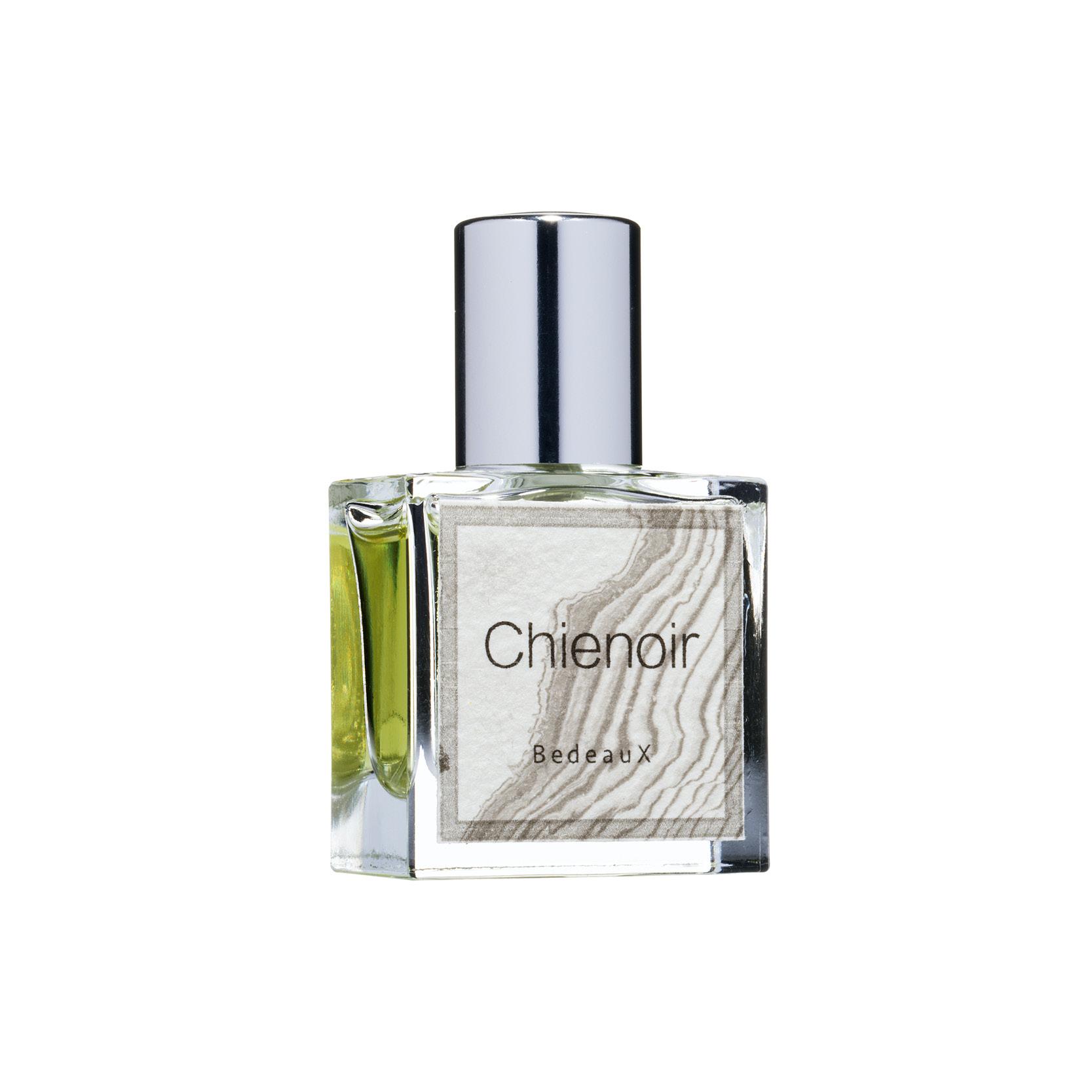 Amanda Bedeaux - Chienoir  parfum