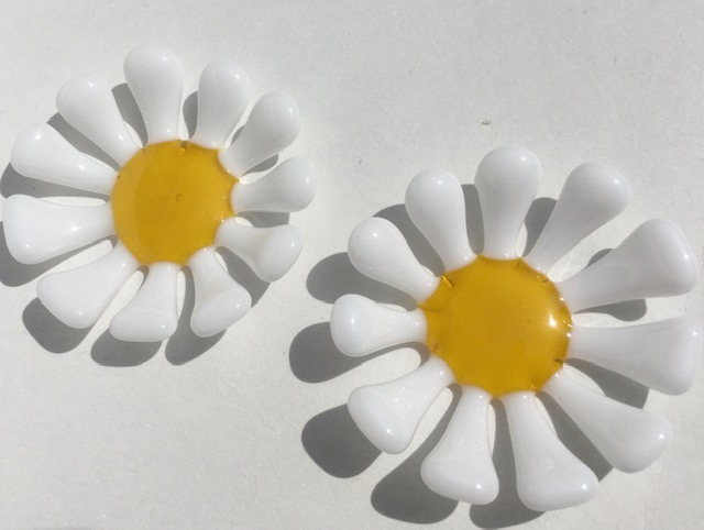 Isabel Sargent - Glass Daisy Tea Lights