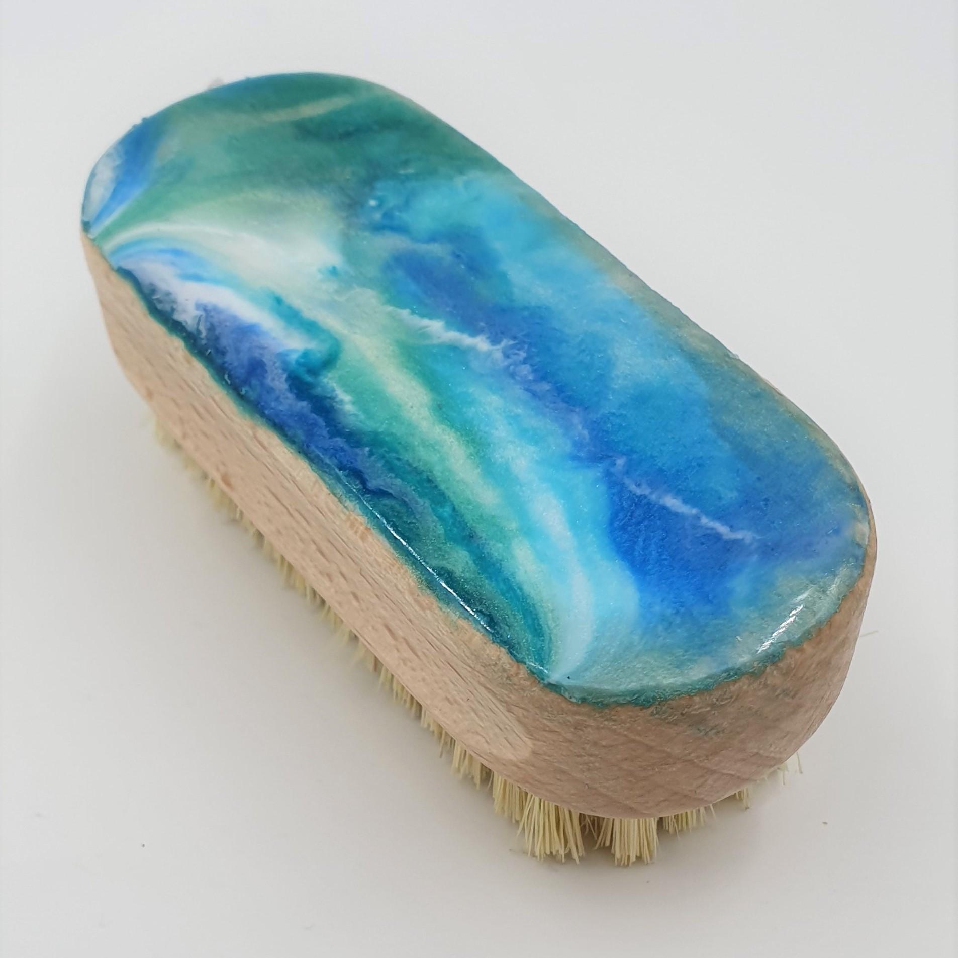 Chantal - CGNB resin nail brush