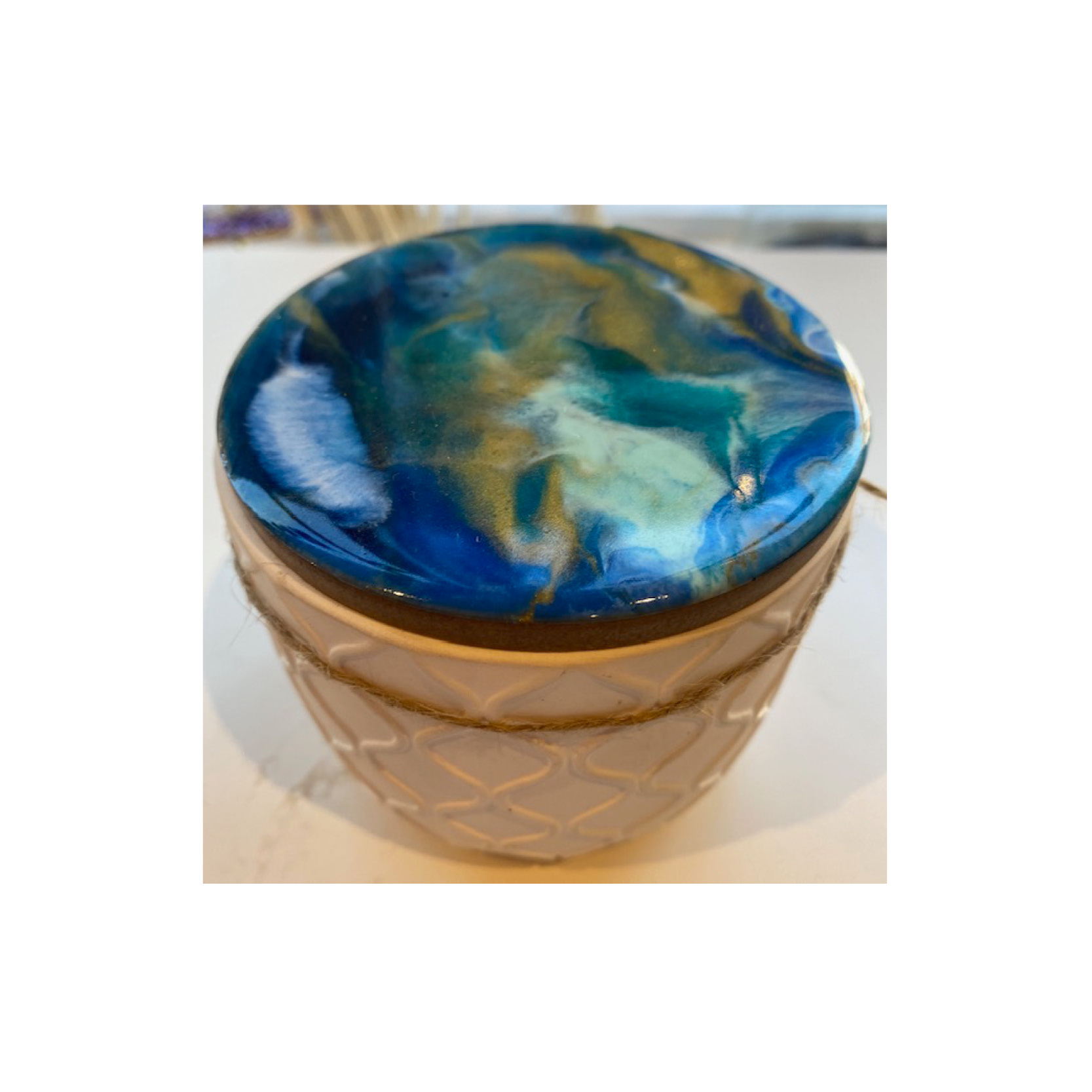 Chantal - Resin lid candle