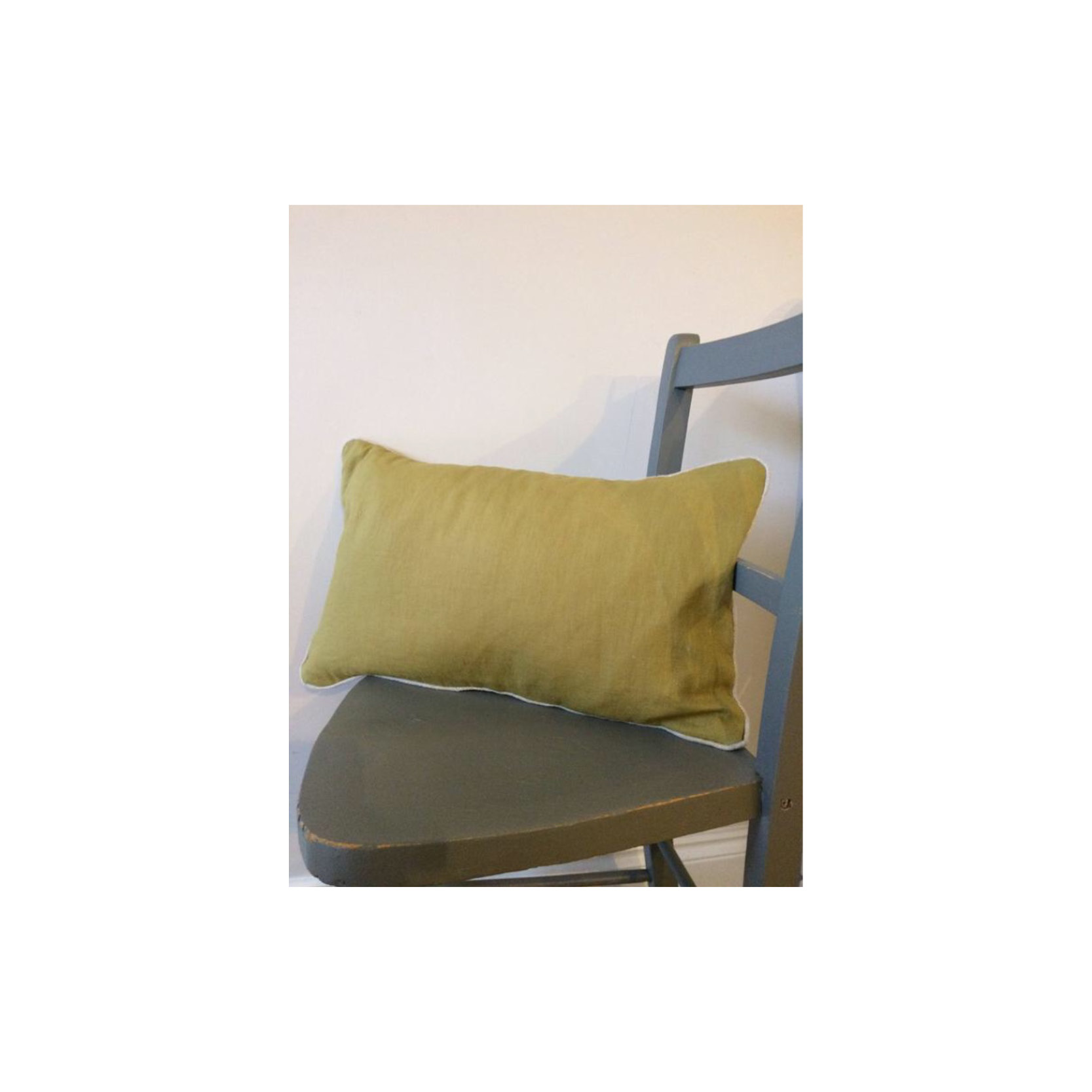 Pebble & Stripe - Rectangular olive cushion