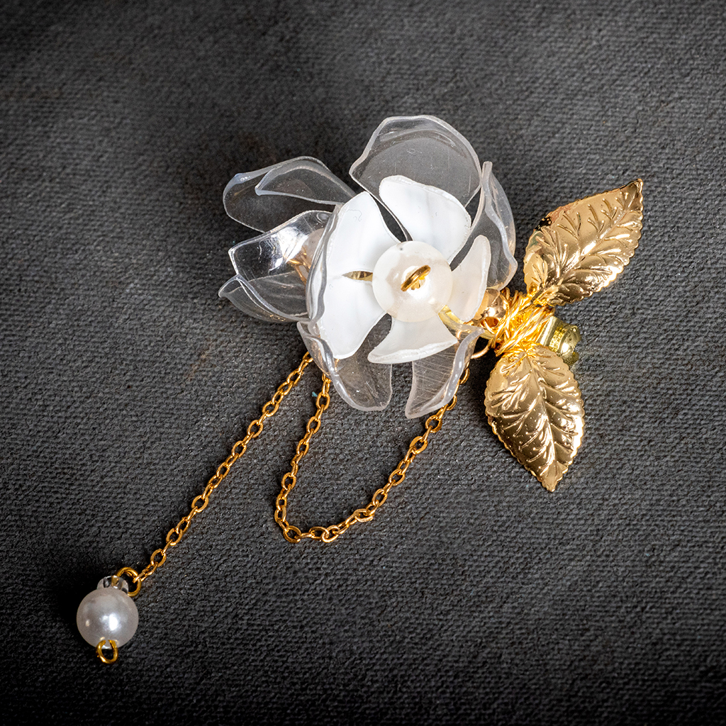 Clear and White Flower Brooch