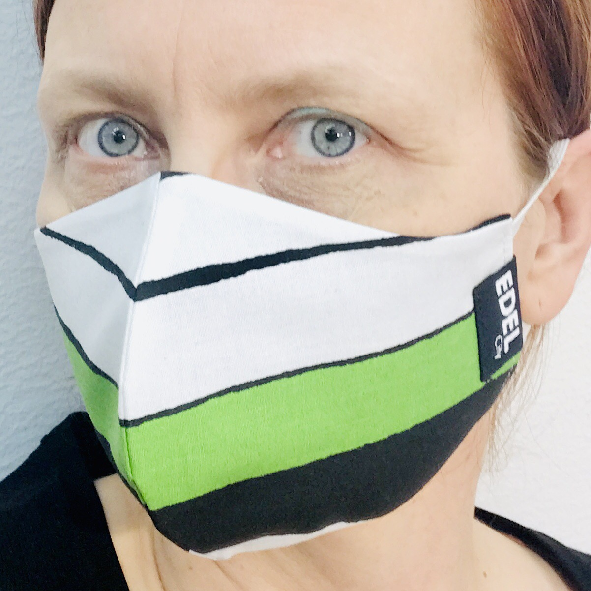 Face mask big stripe