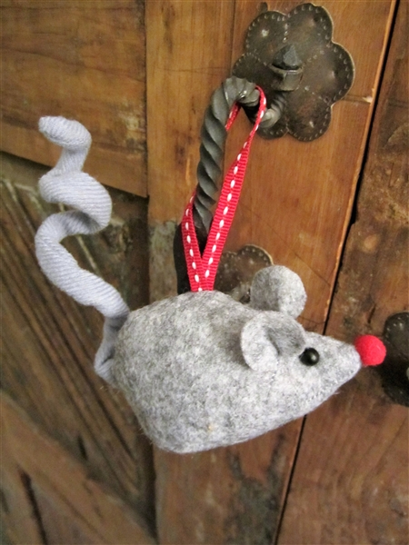 Wee Grey Mouse