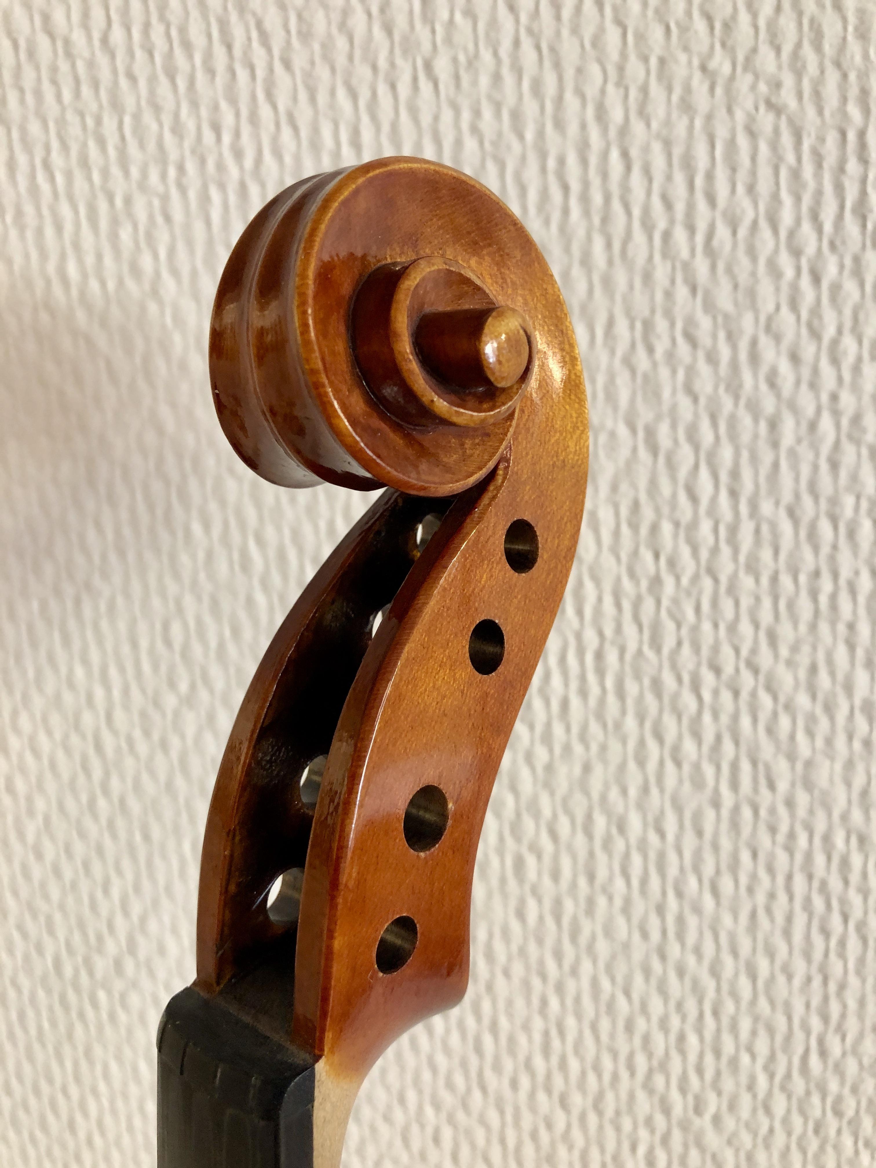 Joakim Amundin, violinbyggarmästare