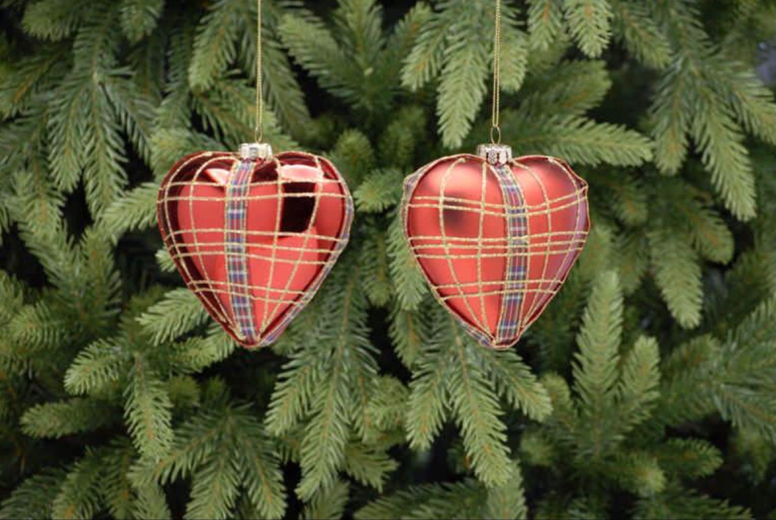 Tartan heart glass