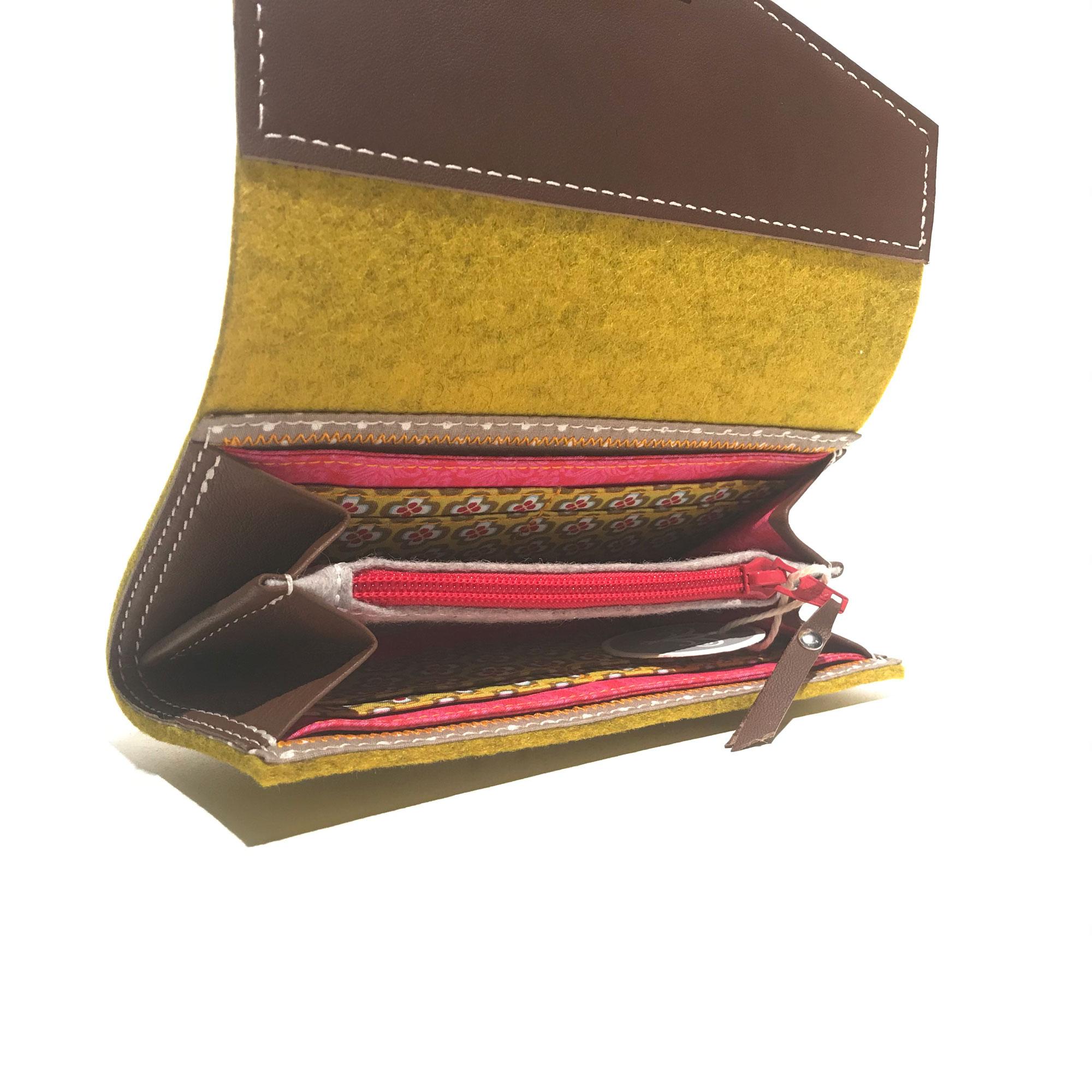 EMU X Geldbörse Frida mit Steckverschluss
