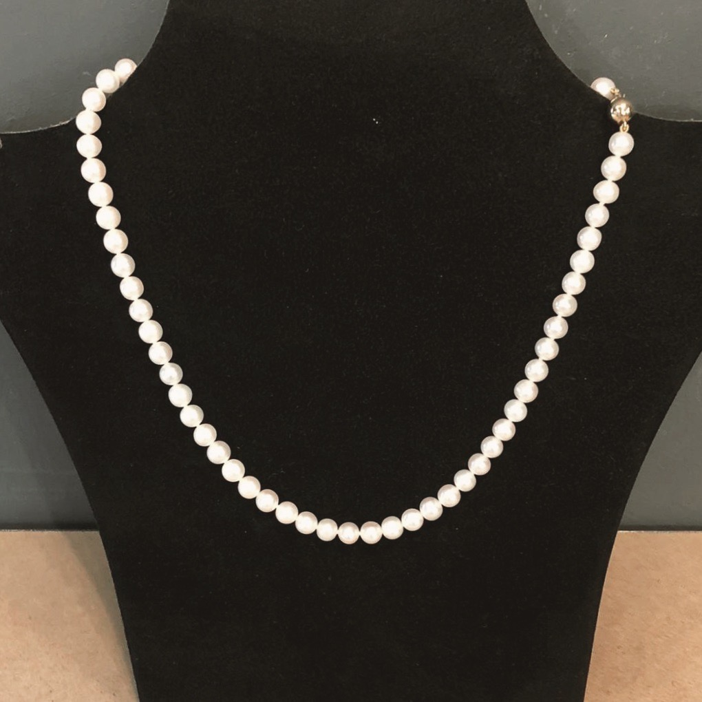 Dreierlei X Perlenkette Weiß