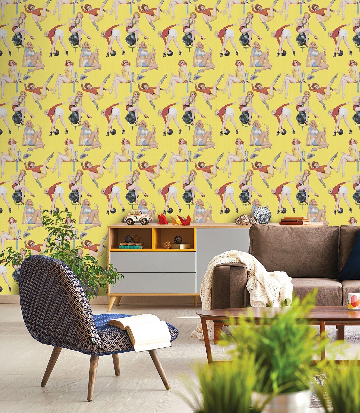 PIN-UP GIRLS Premium Wallpaper