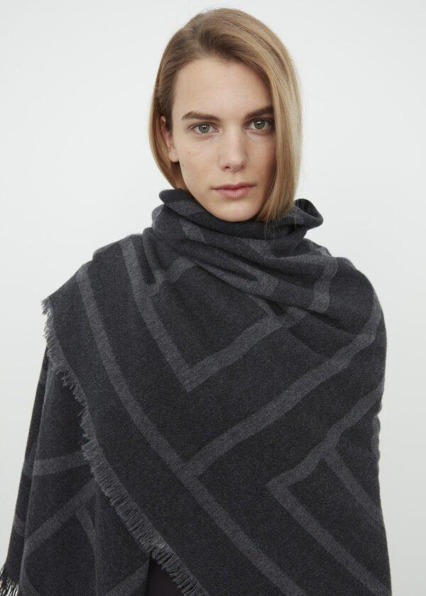 Como scarf dark grey monogram - Toteme