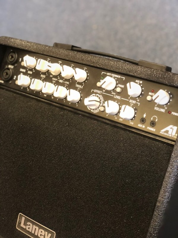 LANEY A 1 + ACOUSTIC AMP 80 WATTS