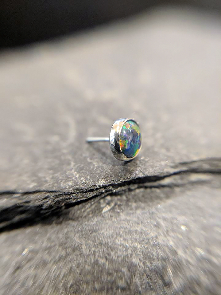 NeoMetal Cabochon black opal