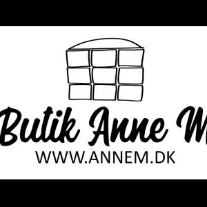 Anne M Aps